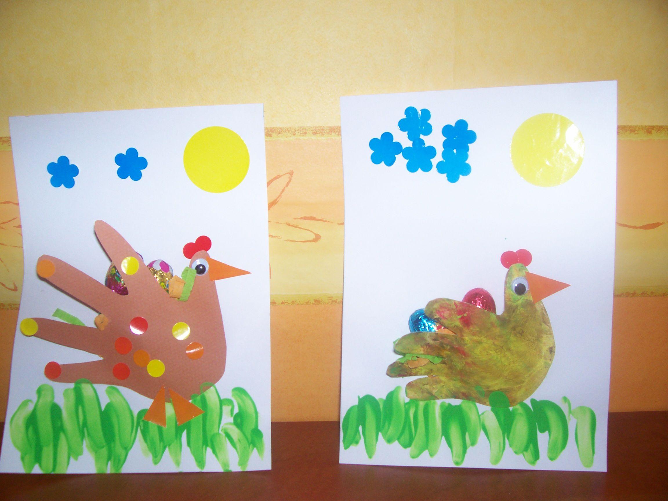 Les poules empreintes de la main - Poules de paques ...